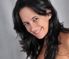 Luciane Loures dos Santos.jpg